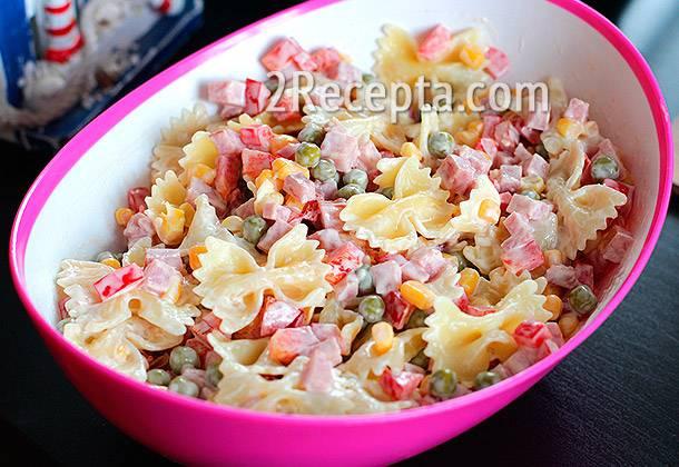 Вкусный итальянский салат с блинами: рецепты приготовления