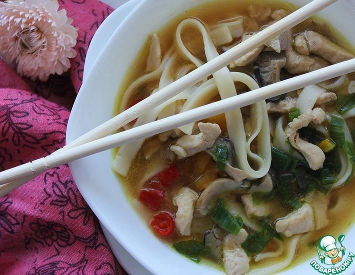 Лапша удон в супе