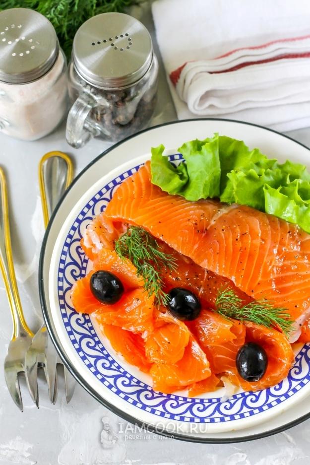 Засолка красной рыбы сухим способом в домашних