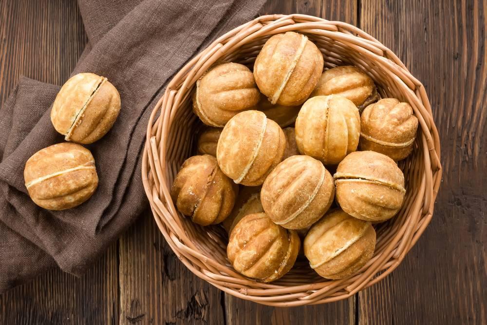 Песочное тесто для «орешков» со сгущенкой: рецепт для орешницы (фото пошагово)