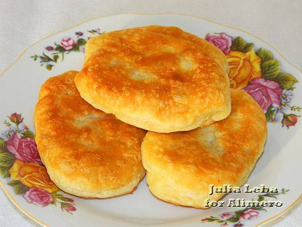 Пирожки на твороге и кефире с разными начинками