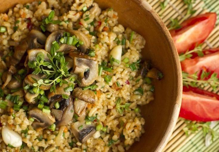 Булгур с грибами, луком и морковью: рецепты в кастрюле, на сковороде, в мультиварке - onwomen.ru
