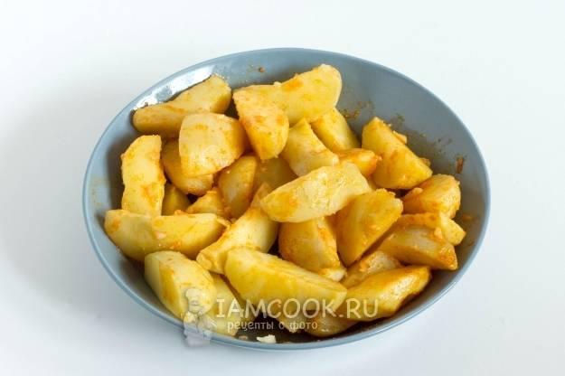 Жареный картофель в панировке: рецепт с фото пошагово