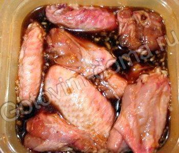 Крылышки в духовке в медово горчичном соусе