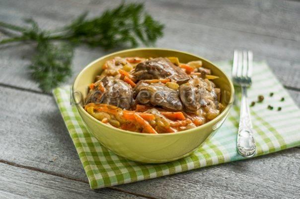 Печень куриная жареная с луком – пошаговый рецепт с фото приготовления в домашних условиях