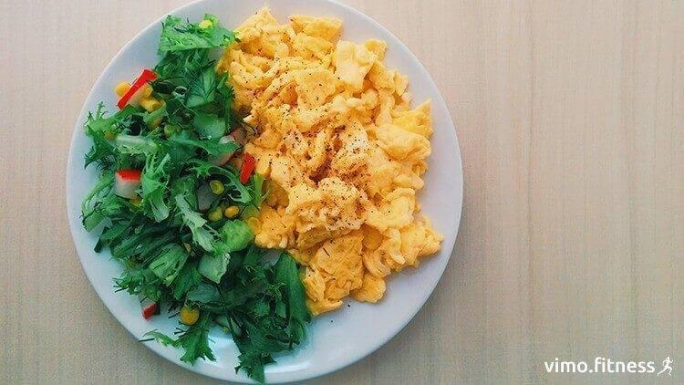 Какое блюдо из яиц приготовить на завтрак